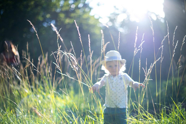 meillleur-photographe-professionnel-photo-couleur-portrait-regard--enfant-portrait-a-avignon-vaucluse-provence--stephane-ruel-