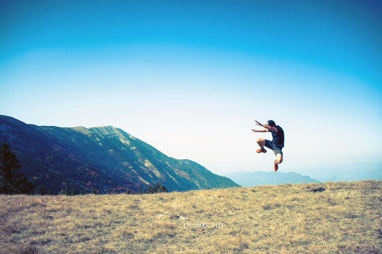 photo-saut-jeune-homme--a-avignon-vaucluse-84000-stephane-ruel-photographe-professionel
