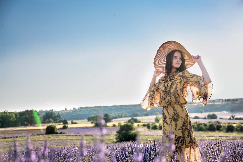 photographe-top-model--jeune-femme-a-avignon-vaucluse-84000-stephane-ruel-photographe-professionel-avignon-vaucluse-provence