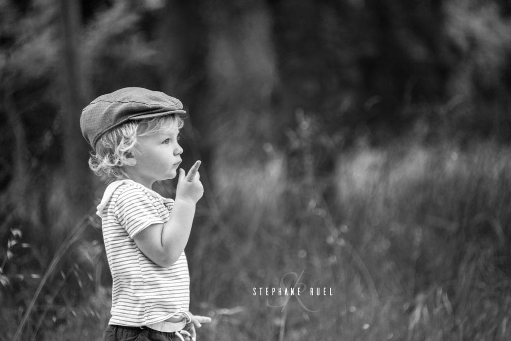 magnifique-photo-du--regard-enfant-bebe-a-avignon-vaucluse-84000-stephane-ruel-photographe-professionnel-avignon-vaucluse-provence