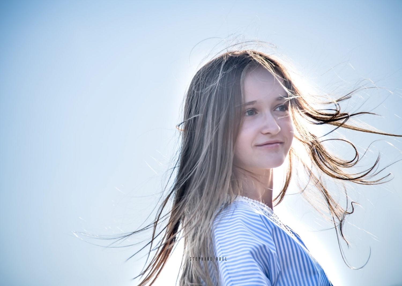 photographe-professionnel-avignon-superbe-pause-top-modele-a-avignon-couleur-femme-portrait-a-avignon-84000-vaucluse-stephane-ruel-photographe