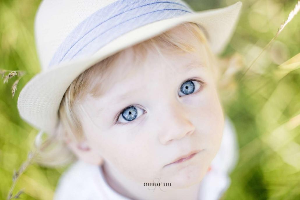 magnifique-regard-yeux-enfant-a-avignon-vaucluse-84000-stephane-ruel-photographe-professionnel-avignon-vaucluse-provence