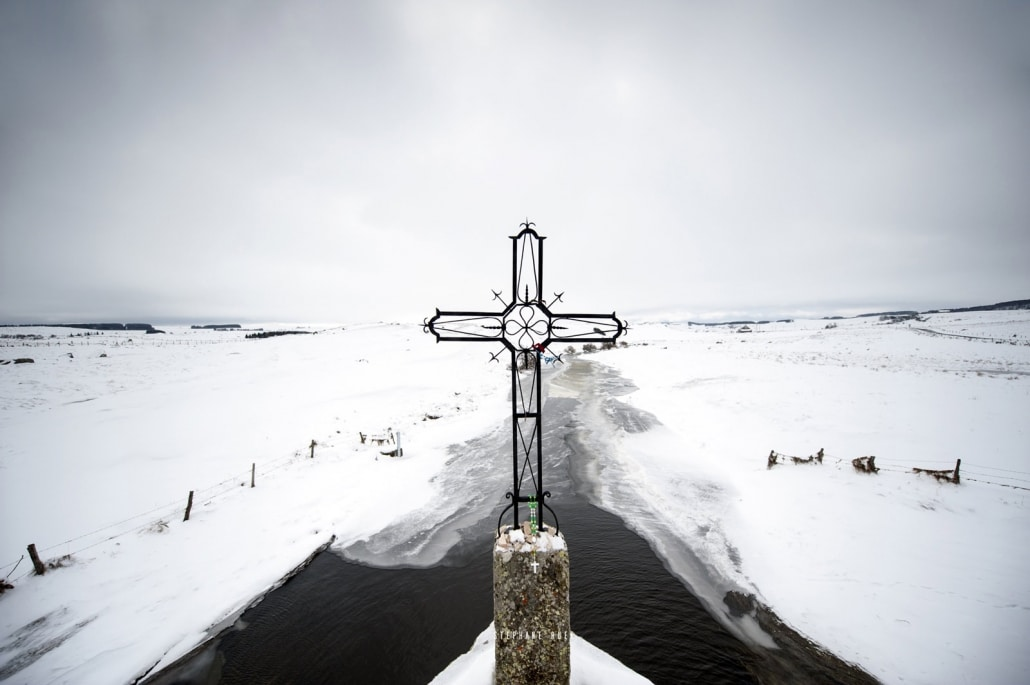 photo-croix-protestante-a-avignon-vaucluse-84000-stephane-ruel-photographe-professionnel-avignon-vaucluse-provence