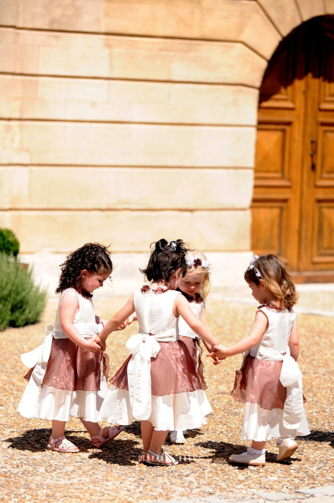 photo-mariage-enfant--en-couleur-a-avignon-vaucluse-84000-stephane-ruel-photographe-professionel vaucluse provence et region PACA