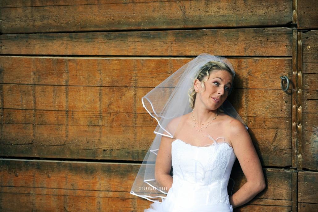stephane-ruel-photographe-professionel photographie-robe-de-mariee-mariage-couleur-et-en-noir-et-blanc-a-avignon-vaucluse-84000-